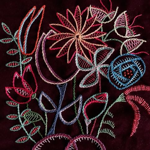 Ilustração bordada de coração semente - 2018.