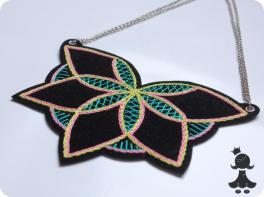 Colar bordado da Coleção Mandalas - 2013.